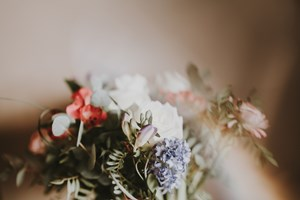 funeral-flowers-what-you-need-to-know